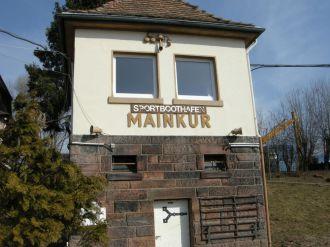 Schleusenhaus Mainkur Schleuse Bootsliegeplätze Frankfurt